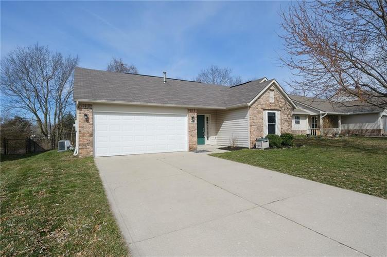 4846 OAKLEIGH Parkway Greenwood, IN 46143 | MLS 21699232 | photo 41