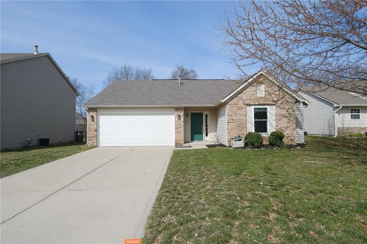 4846 OAKLEIGH Parkway Greenwood, IN 46143 | MLS 21699232 | photo 48