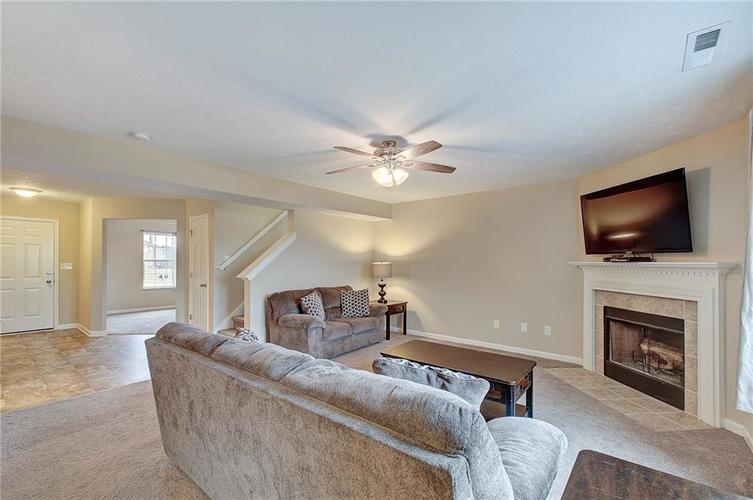 2661 Shadowbrook Trace Greenwood, IN 46143 | MLS 21699254 | photo 6