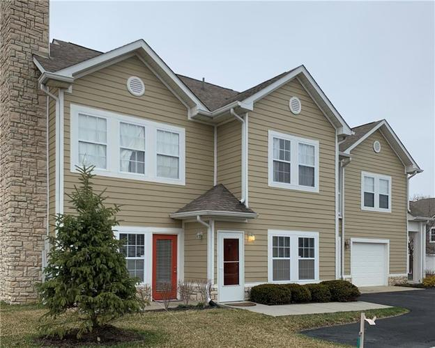 9751 Herring Gull Drive Indianapolis IN 46280   MLS 21699341   photo 1