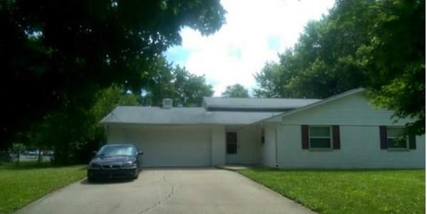 2421 N SATURN Drive Indianapolis IN 46229 | MLS 21699367 | photo 1