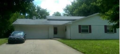 2421 N SATURN Drive Indianapolis IN 46229 | MLS 21699367 | photo 2