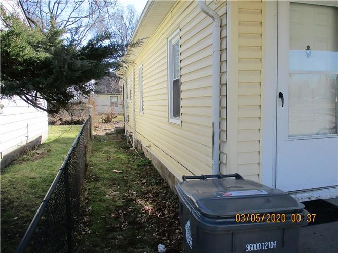 1459 E 24th Street Indianapolis IN 46218   MLS 21699385   photo 5
