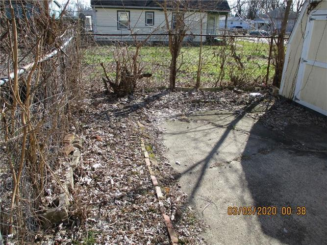 1459 E 24th Street Indianapolis IN 46218   MLS 21699385   photo 9
