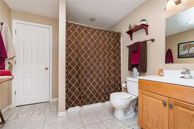 11750 Gatwick View Drive Fishers, IN 46037 | MLS 21699481 | photo 27
