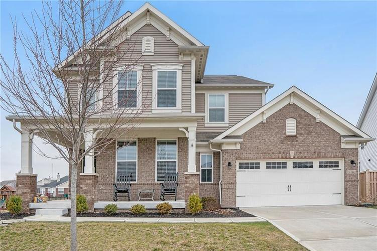 6166 Ringtail Circle Zionsville IN 46077   MLS 21699603   photo 1