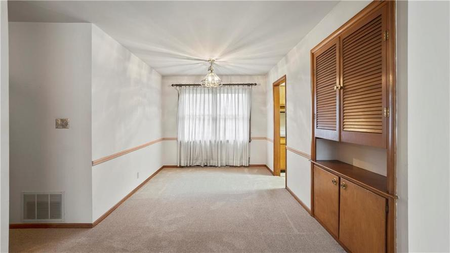 10310 New Jersey Street Indianapolis, IN 46280 | MLS 21699790 | photo 4