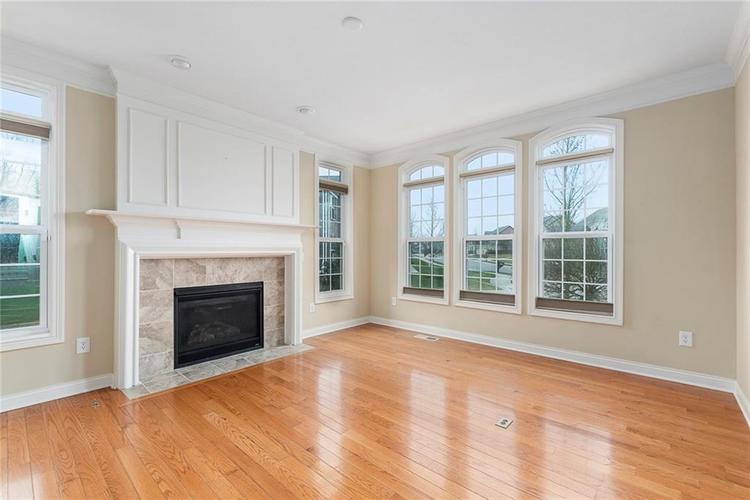 13652 Marylou Drive Carmel, IN 46074 | MLS 21699805 | photo 18