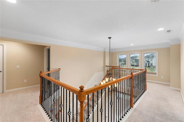 13652 Marylou Drive Carmel, IN 46074 | MLS 21699805 | photo 21