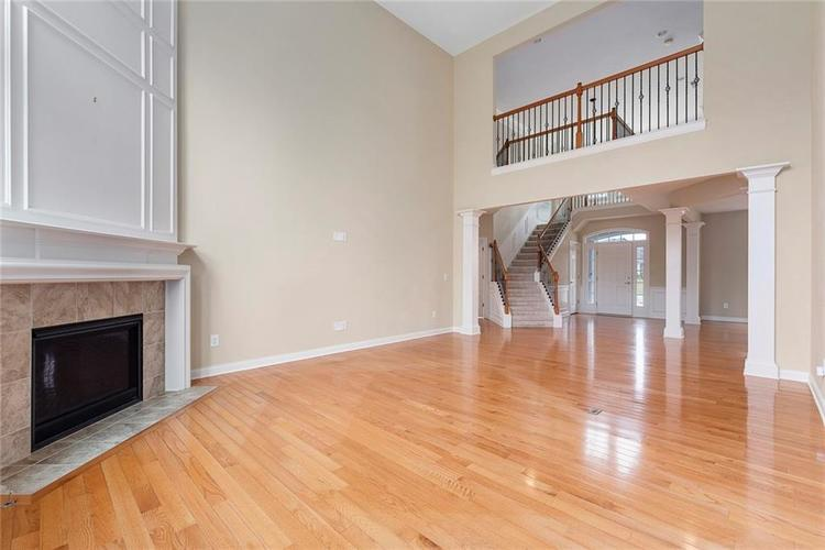 13652 Marylou Drive Carmel, IN 46074 | MLS 21699805 | photo 6