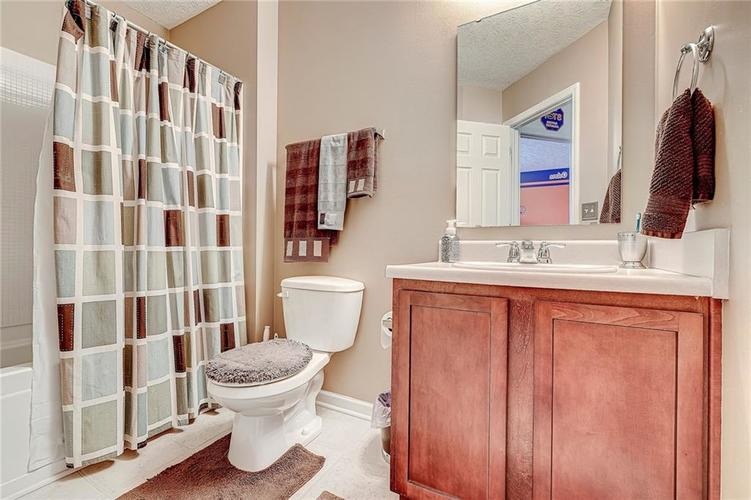 4720 Ladywood Cliffs Court Indianapolis, IN 46226 | MLS 21699809 | photo 25