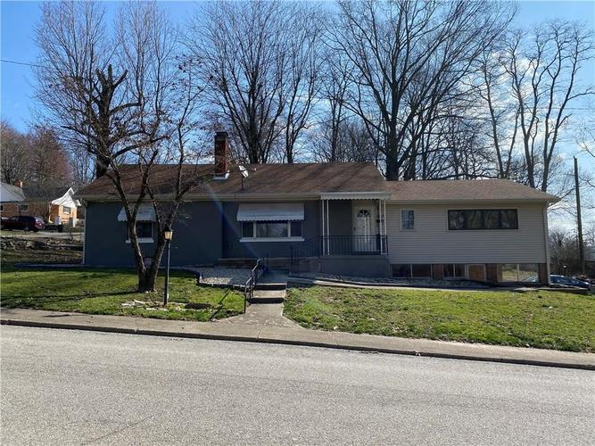 489 N Sycamore Street Martinsville IN 46151 | MLS 21699842 | photo 1