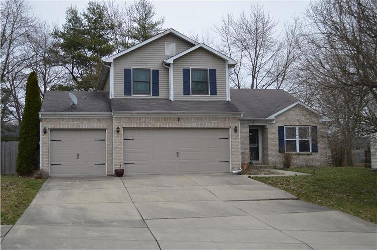 7107 Eagle Trace Way Indianapolis IN 46237 | MLS 21699884 | photo 1