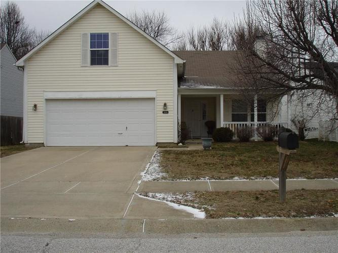 3404 Montgomery Drive Indianapolis IN 46227 | MLS 21699900 | photo 2