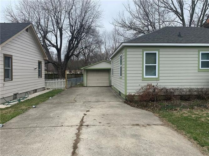 1940 N Goodlet Avenue Indianapolis IN 46222 | MLS 21699931 | photo 2