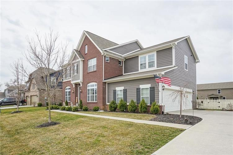 16023 Prince Court Noblesville, IN 46062 | MLS 21699996 | photo 2