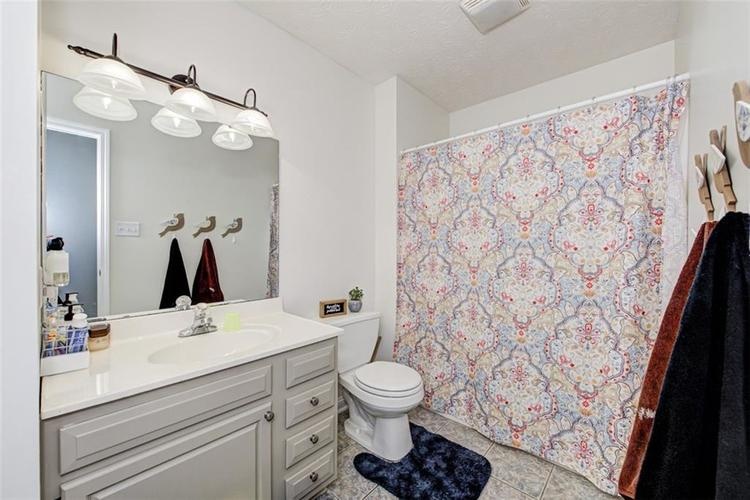 224 WOODLAND Place Pittsboro, IN 46167 | MLS 21700003 | photo 26
