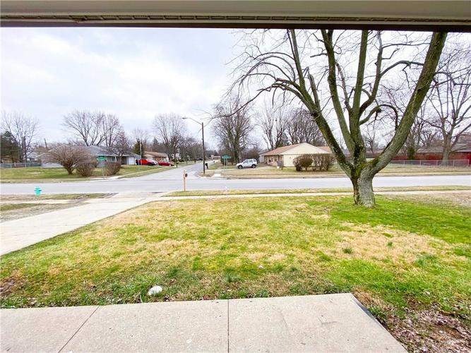 7640 MARYWOOD Drive Southport, IN 46227 | MLS 21700007 | photo 28