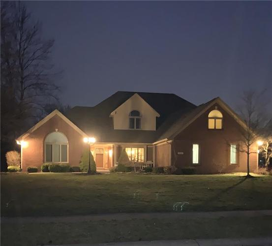 6268 WHITE ALDER Court Avon, IN 46123 | MLS 21700019 | photo 1