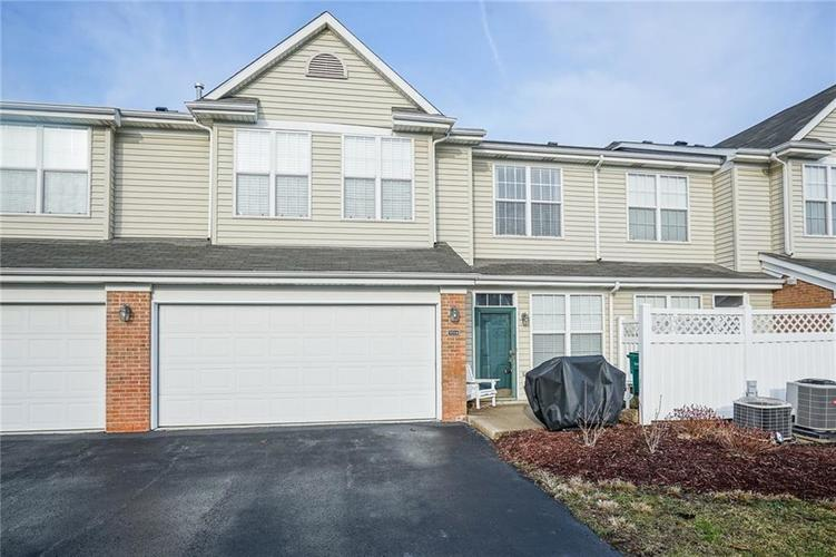 9514 BRIGHTWELL Drive Indianapolis IN 46260 | MLS 21700217 | photo 1