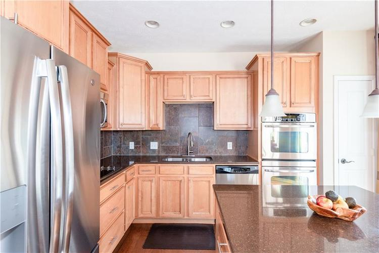55 W 96TH Street Indianapolis, IN 46260   MLS 21700221   photo 14