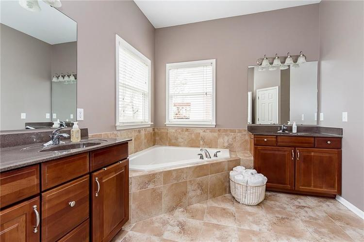 5689 KENYON Trail Noblesville, IN 46062 | MLS 21700229 | photo 29