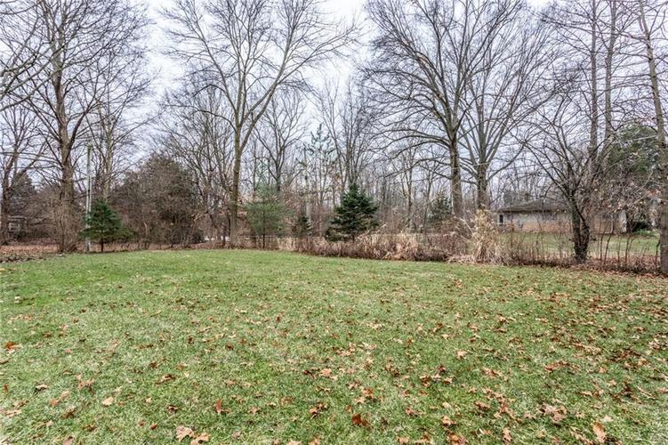 6932 Spring Mill Road Indianapolis, IN 46260 | MLS 21700237 | photo 34