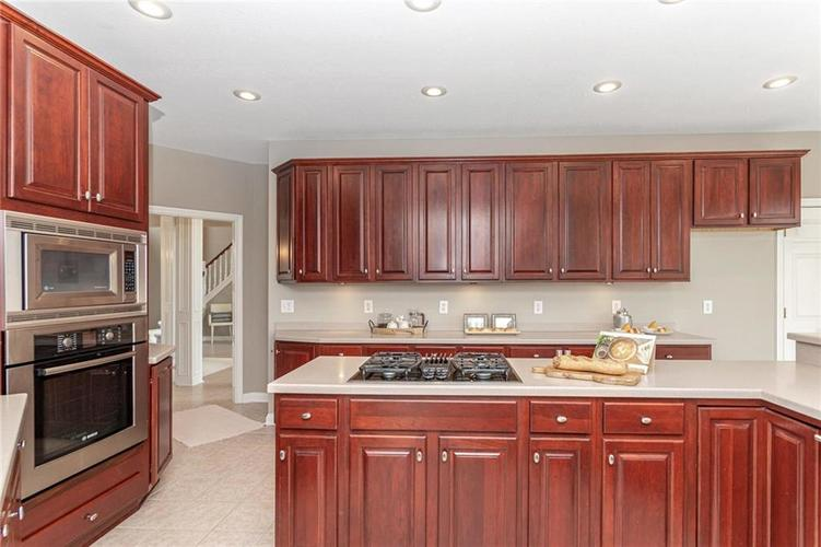 7205 FRANKLIN PARKE Boulevard Indianapolis, IN 46259 | MLS 21700259 | photo 11