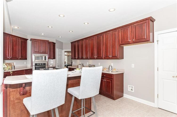 7205 FRANKLIN PARKE Boulevard Indianapolis, IN 46259 | MLS 21700259 | photo 13