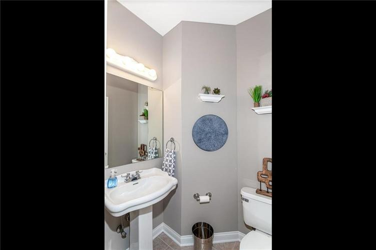 7205 FRANKLIN PARKE Boulevard Indianapolis, IN 46259 | MLS 21700259 | photo 15