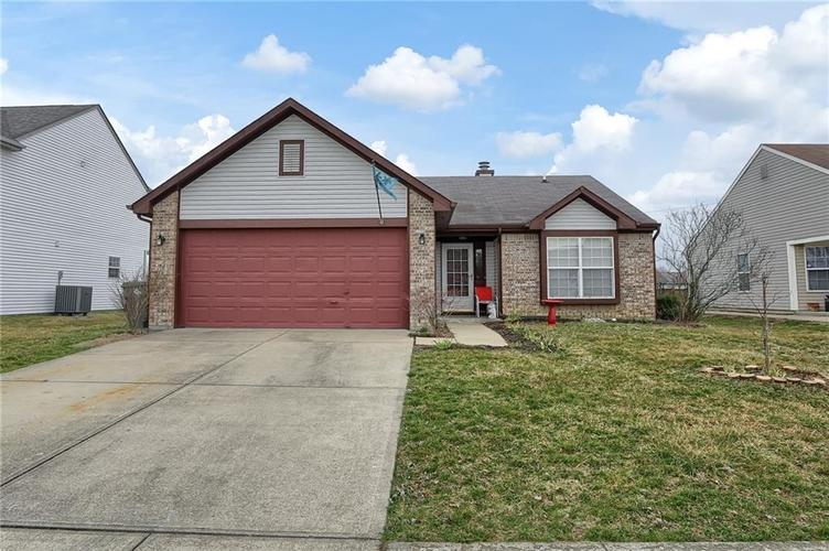 8438 Fort Sumter Drive Indianapolis, IN 46227 | MLS 21700292 | photo 1