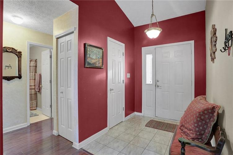 8438 Fort Sumter Drive Indianapolis, IN 46227 | MLS 21700292 | photo 4