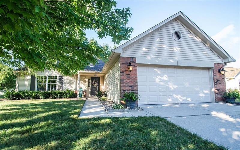 7909 Farley Place Fishers IN 46038   MLS 21700306   photo 1