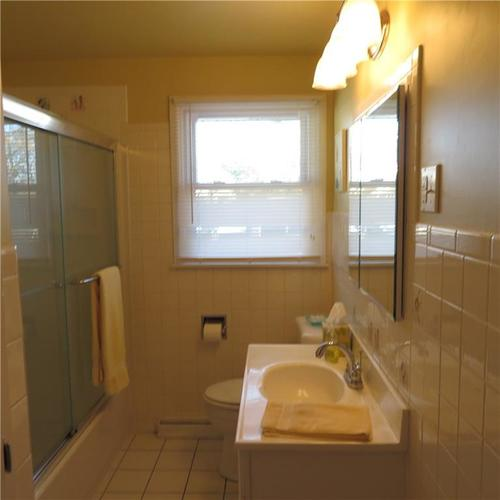 1614 Forest Drive Columbus IN 47201 | MLS 21700329 | photo 11