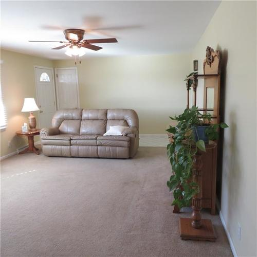 1614 Forest Drive Columbus IN 47201 | MLS 21700329 | photo 6