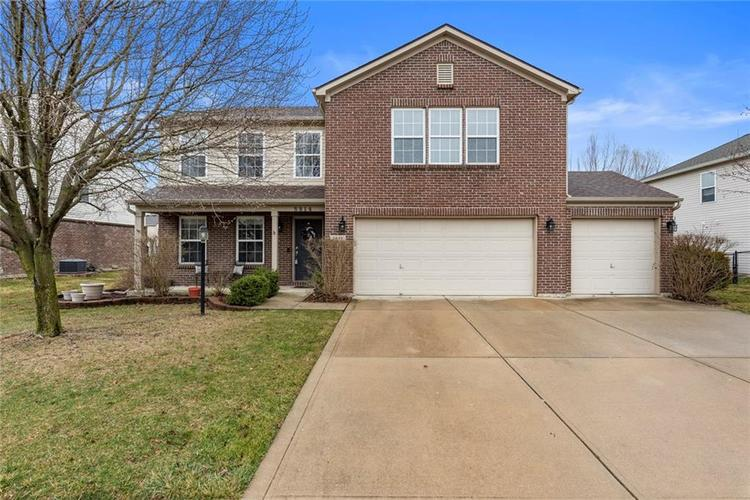 5814 Edgewood Trace Boulevard Indianapolis, IN 46239   MLS 21700461   photo 1