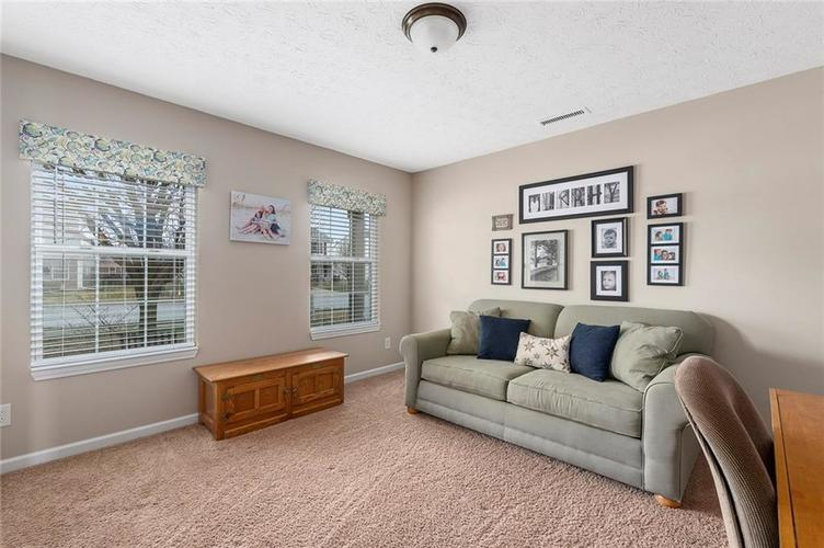 5814 Edgewood Trace Boulevard Indianapolis, IN 46239   MLS 21700461   photo 15