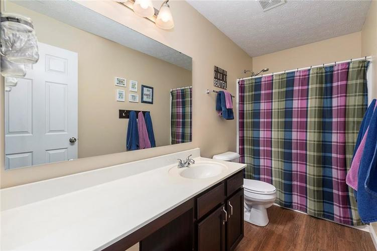 5814 Edgewood Trace Boulevard Indianapolis, IN 46239   MLS 21700461   photo 23