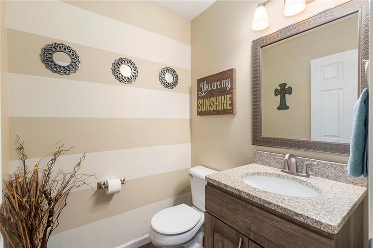 5814 Edgewood Trace Boulevard Indianapolis, IN 46239   MLS 21700461   photo 25