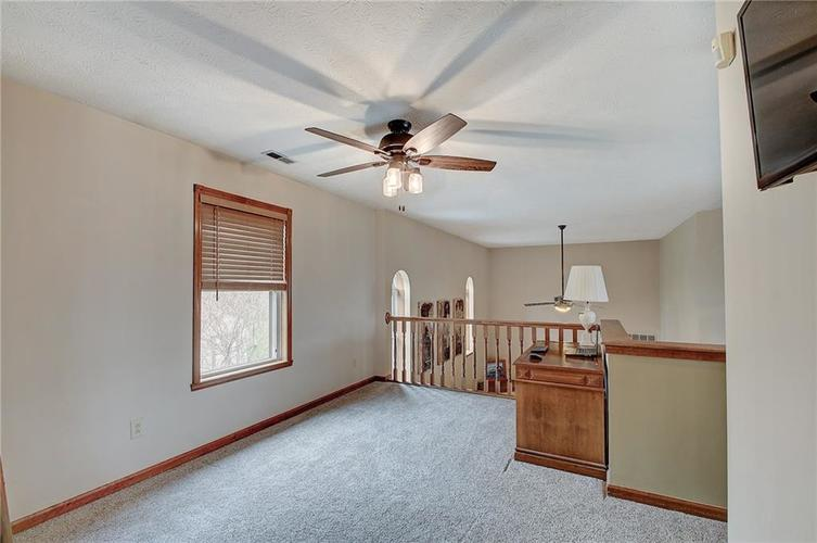 8015 Meadow Bend Drive Indianapolis, IN 46259   MLS 21700472   photo 32