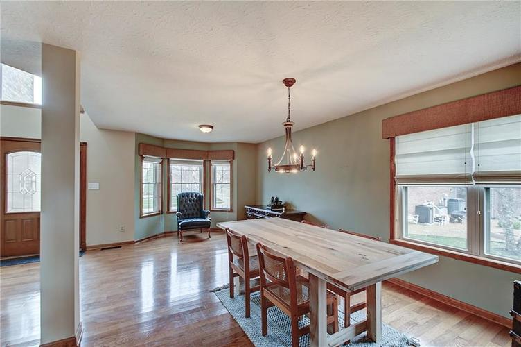 8015 Meadow Bend Drive Indianapolis, IN 46259   MLS 21700472   photo 7