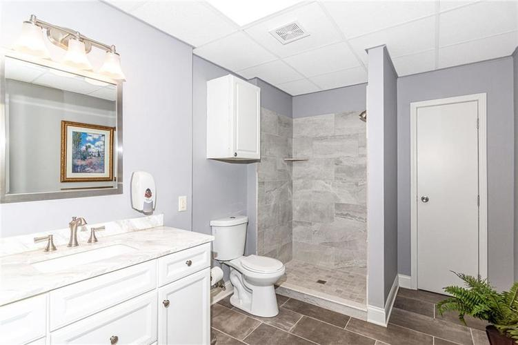 6420 Guion Road Indianapolis IN 46268 | MLS 21700567 | photo 34