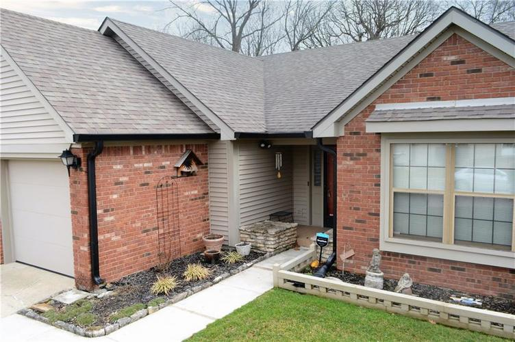 183 President Trail E Indianapolis, IN 46229 | MLS 21700591 | photo 3