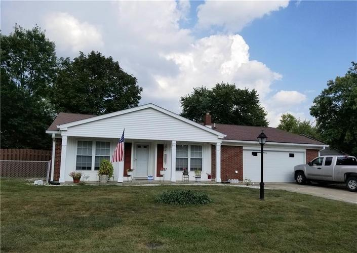 8320 Skyway Drive Indianapolis, IN 46219 | MLS 21700667 | photo 1
