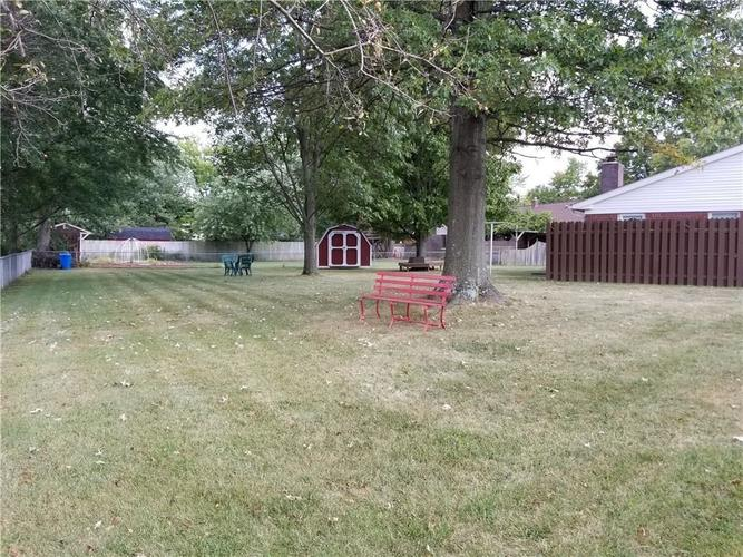 8320 Skyway Drive Indianapolis, IN 46219 | MLS 21700667 | photo 22