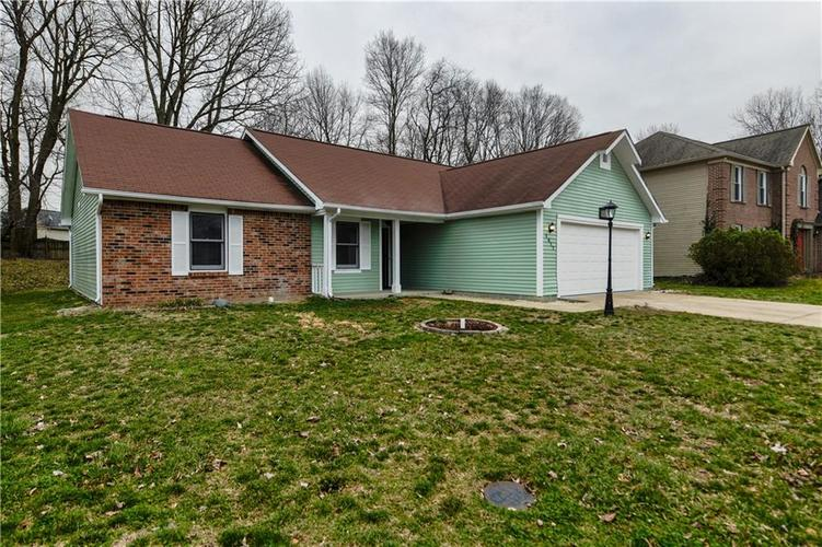 1617 Pele Place Indianapolis, IN 46214 | MLS 21700674 | photo 2