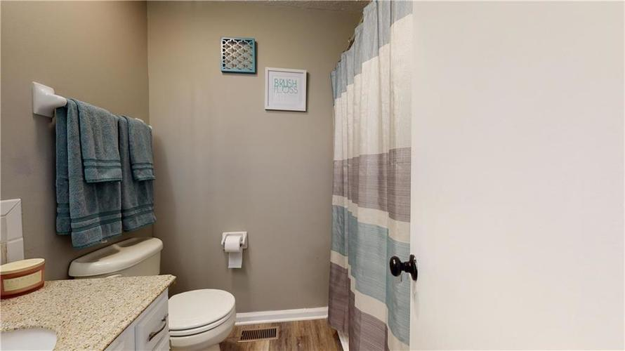 1617 Pele Place Indianapolis, IN 46214 | MLS 21700674 | photo 25