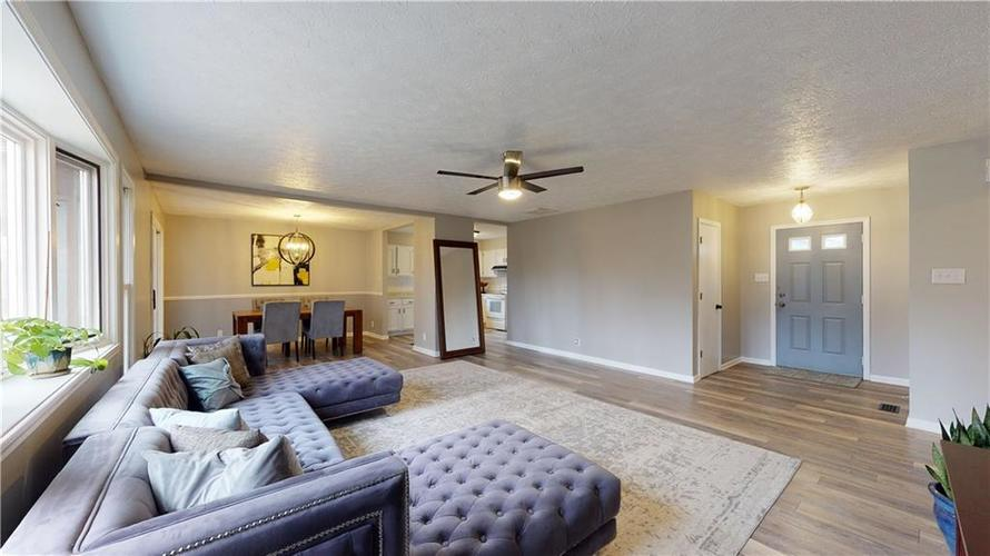 1617 Pele Place Indianapolis, IN 46214 | MLS 21700674 | photo 4