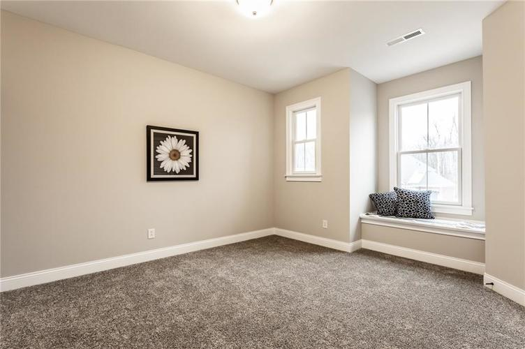 4573 Kettering Place Zionsville IN 46077 | MLS 21700681 | photo 34