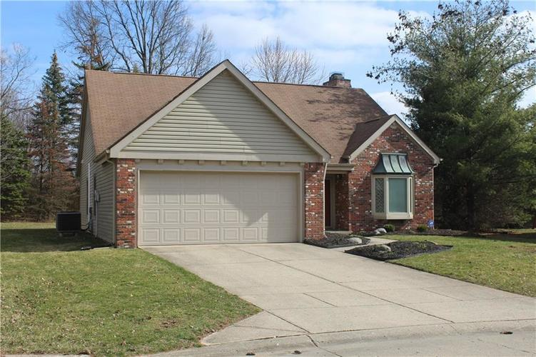 8179 Wade Hill Court Indianapolis, IN 46256 | MLS 21700701 | photo 2